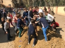 2019. 04. 02. Játszótéri homok érkezett az iskolaudvarra